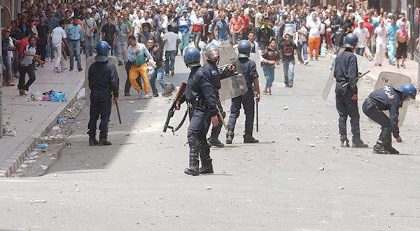 مندوب الصحة بالحسيمة: إصابة عدد من عناصر الأمن في مواجهات مع المتظاهرين