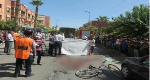 فاجعة :سائق شاحنة متهور يدهس تلميذة ويفصل رجليها عن جسدها