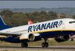 """مطار برخاس بمدريد : شركة الطيران """"RYANAIR""""تستفز زبنائها مغاربة وتحرمهم من السفر"""