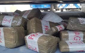 تطوان: حجز حوالي طنين من المخدرات قيمتها 19,25 مليون درهم
