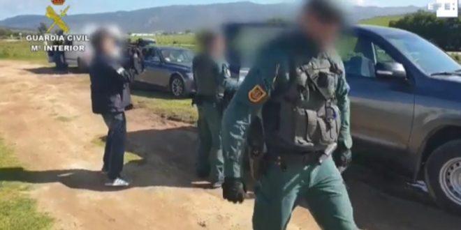 اعتقال 27 شخصا بقاديس بحوزتهم 9 أطنان من الحشيش
