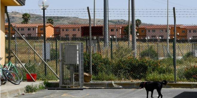 إيطاليا: إغلاق أكبرمركز لاستقبال المهاجرين سابقا