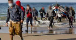 منهم نساء حوامل وطفلان .. إنقاذ 35 مرشحا للهجرة غير النظامية في طانطان